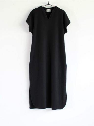 blurhms New Rough&Smooth Thermal Key-Neck Dress_b0139281_13374825.jpg