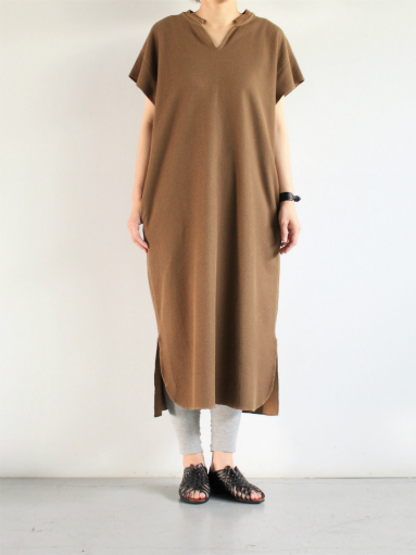 blurhms New Rough&Smooth Thermal Key-Neck Dress_b0139281_13385734.jpg