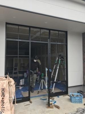 ■新店舗の顔工事。_d0350221_08031394.jpg