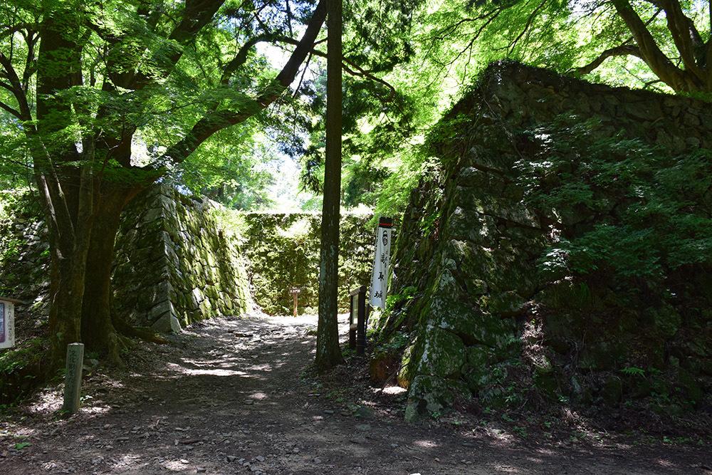 日本最大の山城、高取城登城記。 その4 <大手門~二ノ丸>_e0158128_11193412.jpg