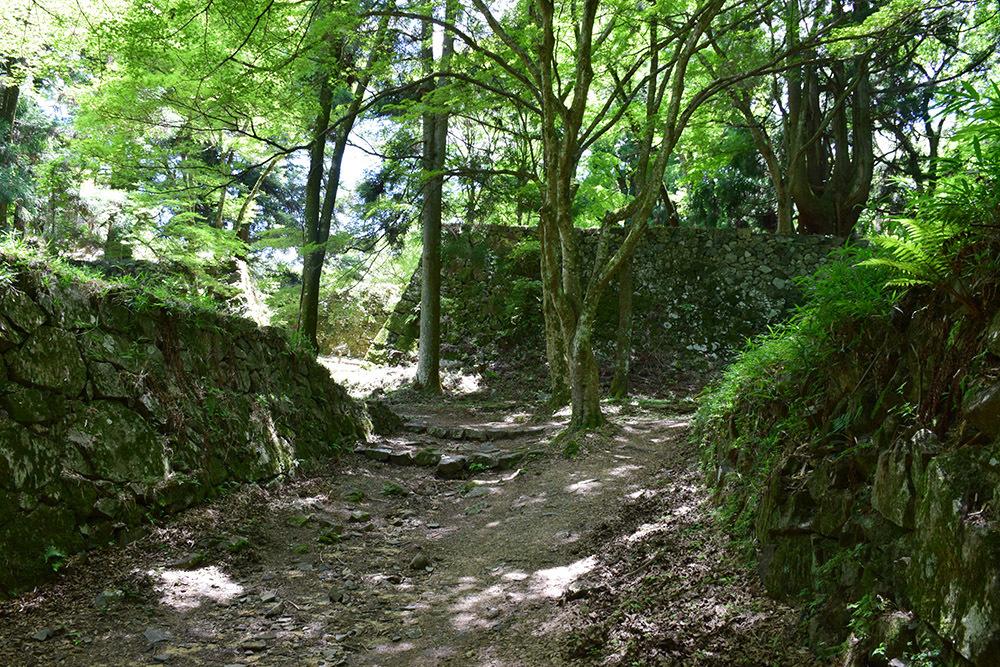日本最大の山城、高取城登城記。 その4 <大手門~二ノ丸>_e0158128_11351546.jpg