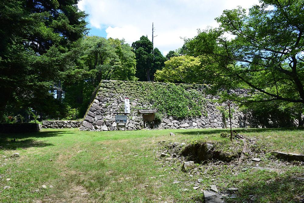 日本最大の山城、高取城登城記。 その4 <大手門~二ノ丸>_e0158128_11582380.jpg