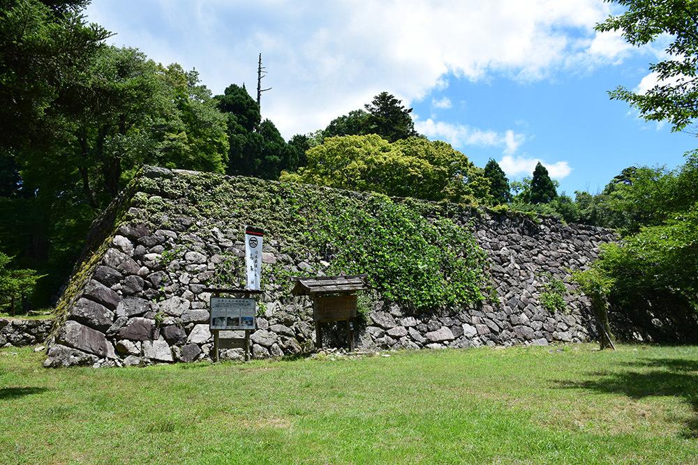 日本最大の山城、高取城登城記。 その4 <大手門~二ノ丸>_e0158128_12001734.jpg