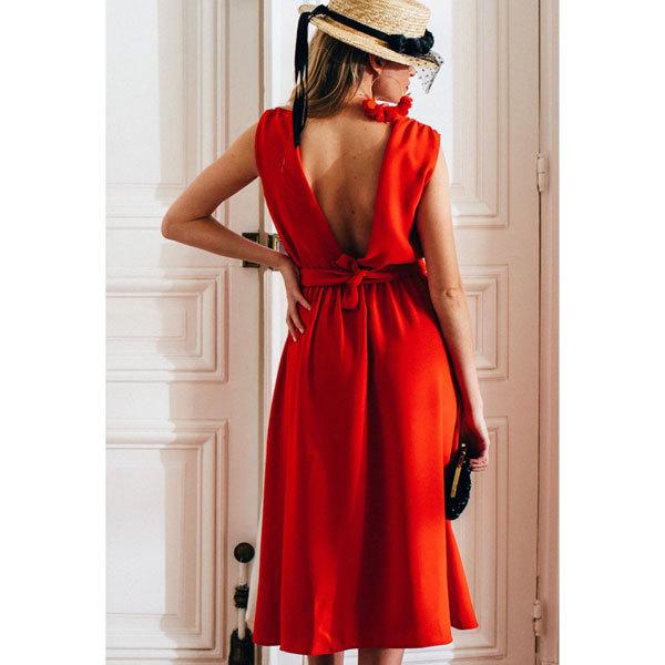 ファッションとランジェリー(3) -背中で魅せる!オープンバックに合うランジェリー_e0219353_12124884.jpg