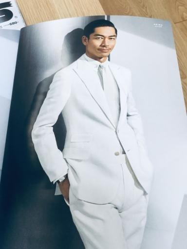 白麻スーツは東洋の男が似合う_b0210699_20060112.jpeg