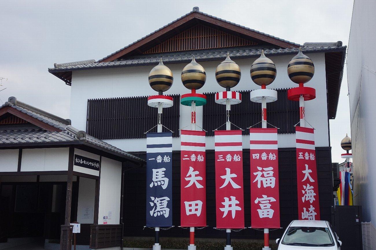 松江城の堀端を歩く_c0112559_08263758.jpg