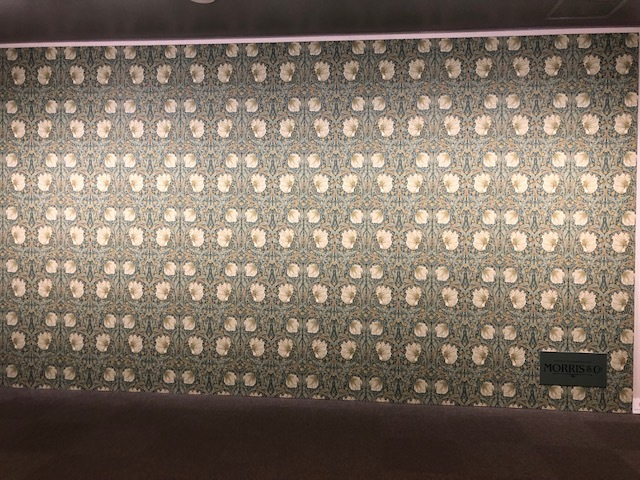 ウィリアム・モリスと英国の壁紙展 ウィリアムモリス正規販売店のブライト_c0157866_03164506.jpg