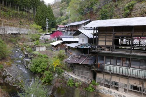 天界の村を歩く2 関東山地 南牧川_d0147406_22232391.jpg