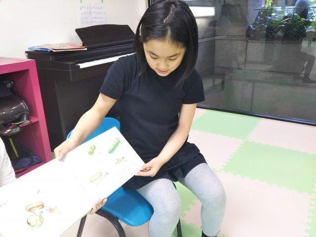 8th Happy Reading_c0315908_16461745.jpg