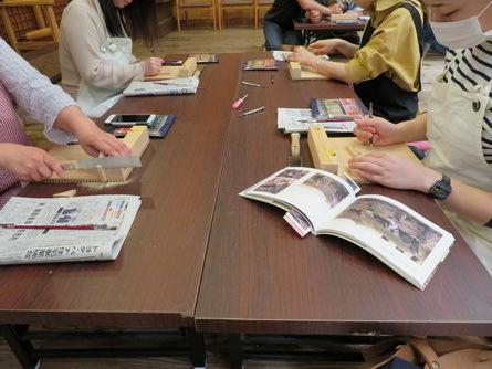 木彫りのいきものブローチ教室イベントレポ_b0186205_11181640.jpg