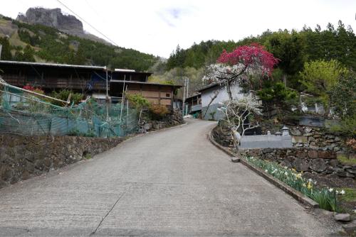 天界の村を歩く2 関東山地 南牧川_d0147406_20515252.jpg