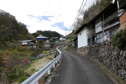 天界の村を歩く2 関東山地 南牧川_d0147406_20515814.jpg