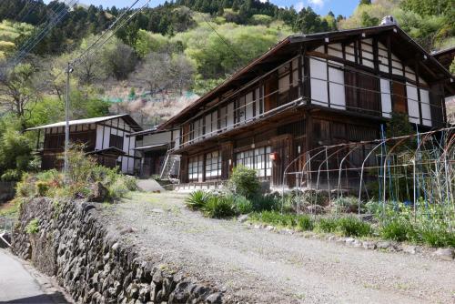 天界の村を歩く2 関東山地 南牧川_d0147406_21074172.jpg