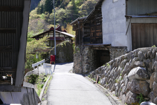 天界の村を歩く2 関東山地 南牧川_d0147406_21074236.jpg