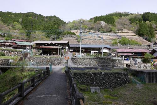 天界の村を歩く2 関東山地 南牧川_d0147406_21093238.jpg