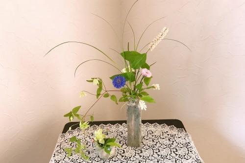 生け花教室へ!_f0139520_08023896.jpg