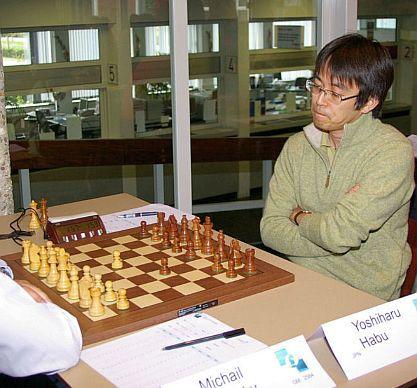 羽生さんとチェス_d0168150_09535862.jpg