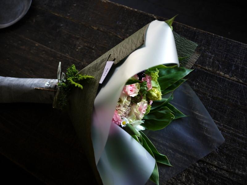 母の日の花束。「淡いピンク系」。2019/05/12。_b0171193_18204837.jpg