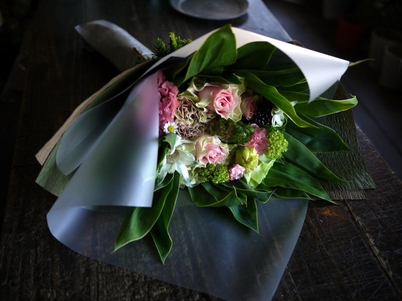 母の日の花束。「淡いピンク系」。2019/05/12。_b0171193_18205168.jpg