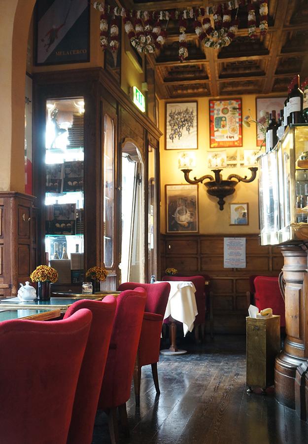 フィレンツェでメレンダ&アペリティーボ_f0106597_05500091.jpg