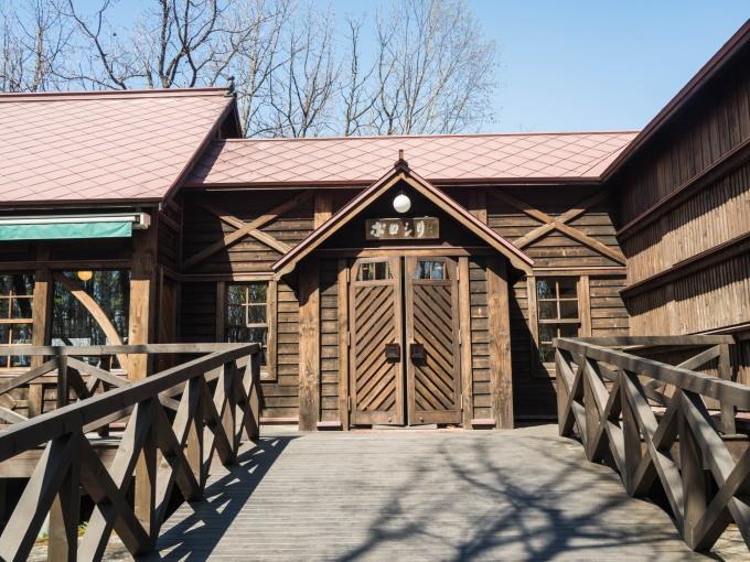 宿から最も近い観光施設「中札内美術村」でのんびり・・_f0276498_20263224.jpg