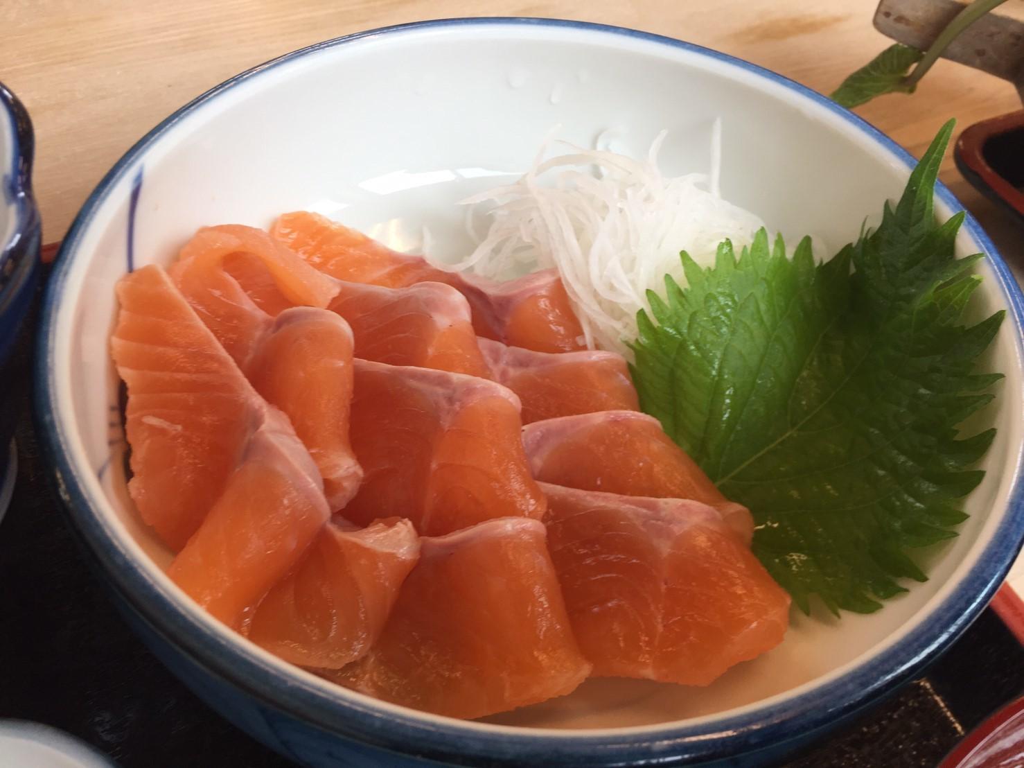 渓流料理 いわなや_e0115904_16102011.jpg