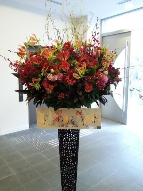 スタンド装花あれこれ。_a0162354_20102983.jpg