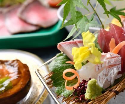 新緑が綺麗な庭園等......婚礼写真は鳥取市内の有隣荘で......_b0194185_21175245.jpg