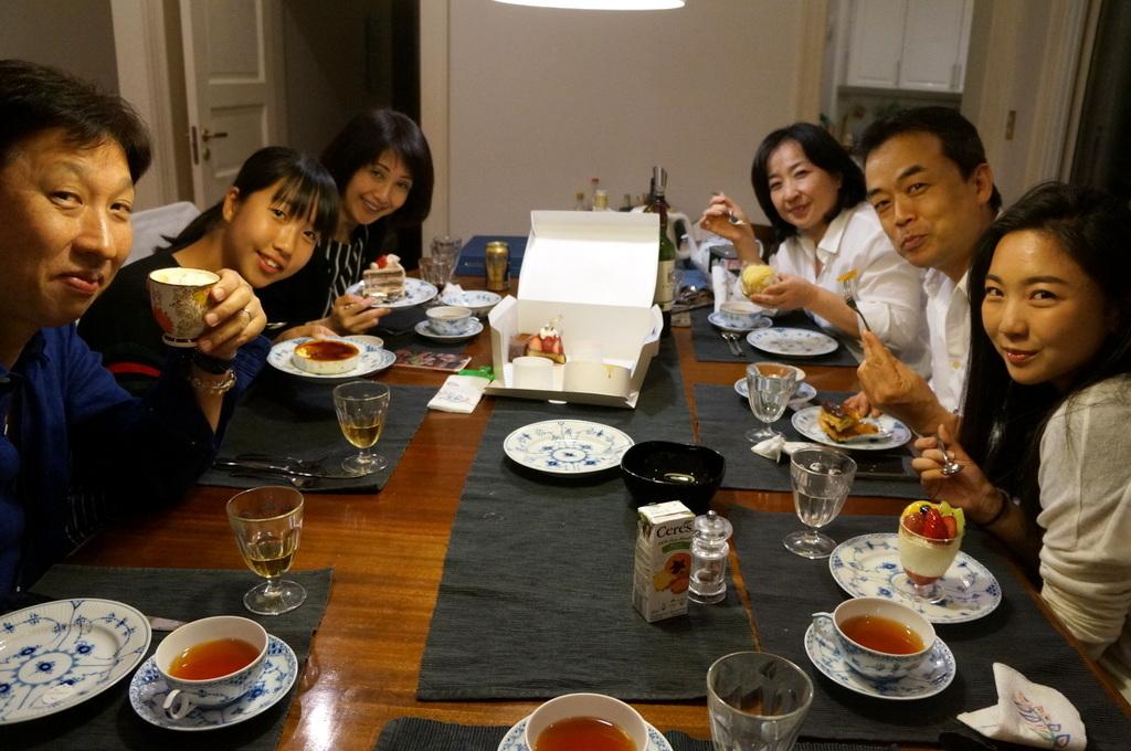 稲村のK元邸で 5/4_c0180686_17514584.jpg