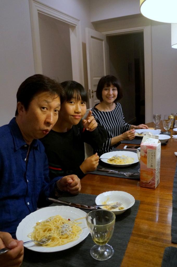 稲村のK元邸で 5/4_c0180686_17542160.jpg