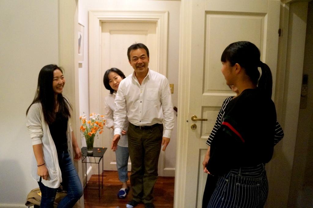 稲村のK元邸で 5/4_c0180686_17574919.jpg