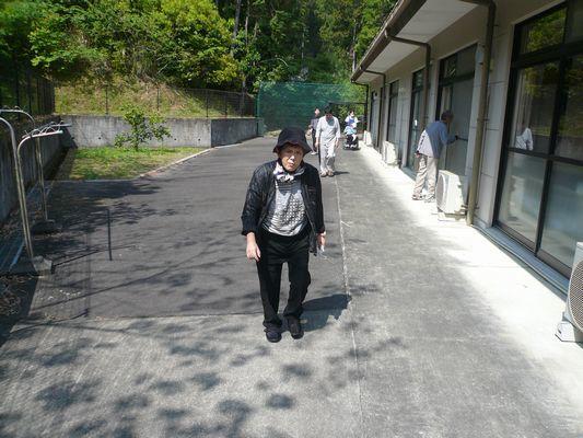 5/13 朝の散歩_a0154110_09275815.jpg