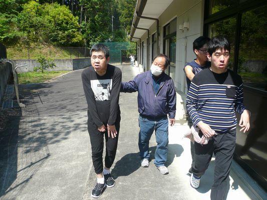 5/13 朝の散歩_a0154110_09280097.jpg