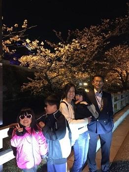 夜桜見物 岸和田城で 超!観光気分~♪_e0123286_19274187.jpg