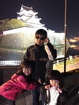 夜桜見物 岸和田城で 超!観光気分~♪_e0123286_19280372.jpg