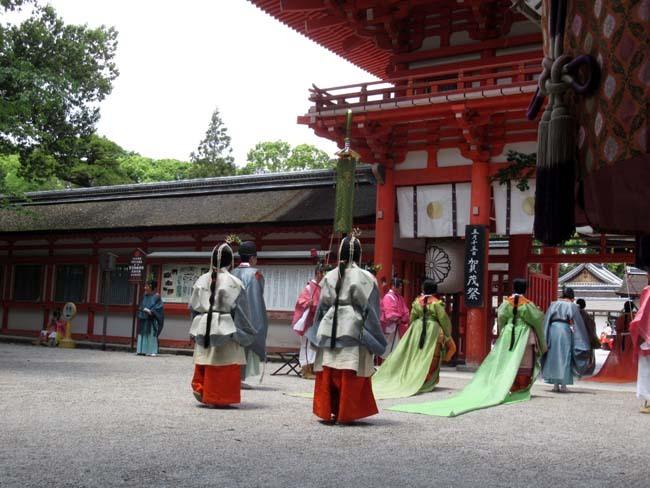 葵まつり 2 下賀茂神社社頭の儀へ_e0048413_20020935.jpg