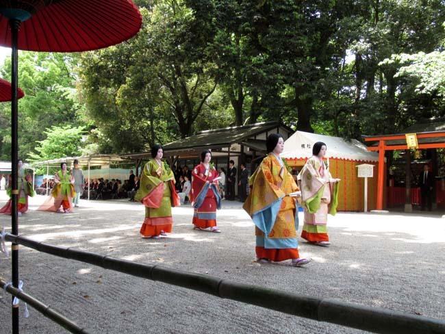 葵まつり 2 下賀茂神社社頭の儀へ_e0048413_20021240.jpg