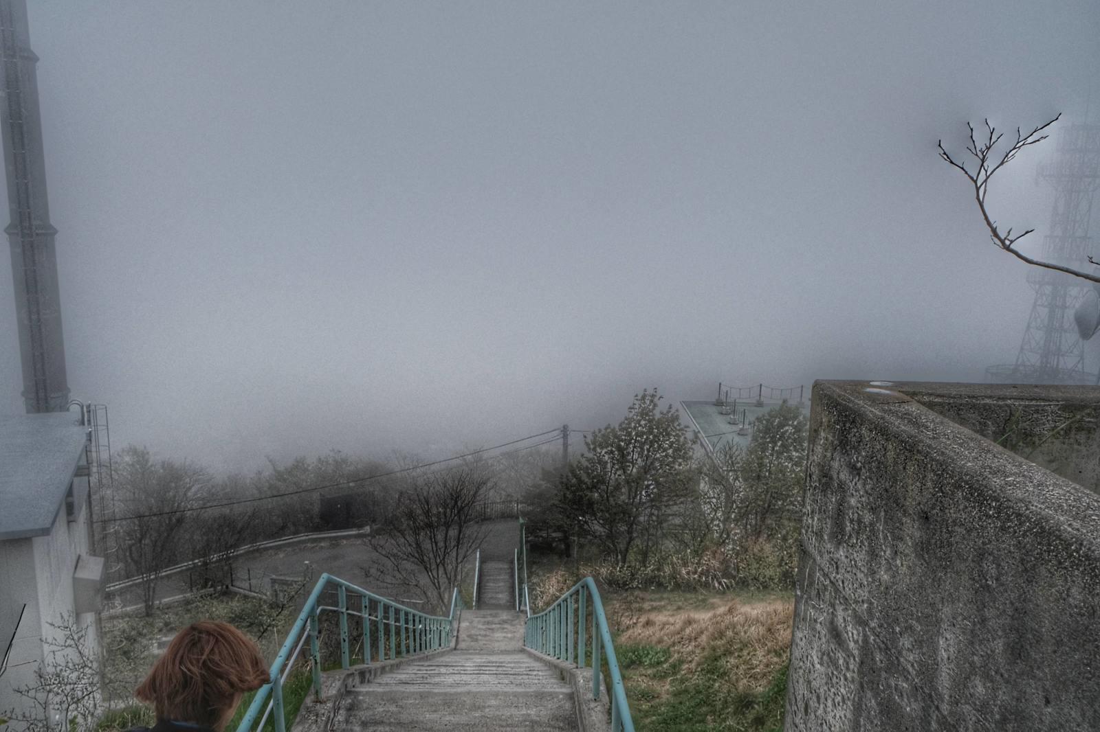 GW帰省8 ~ 室蘭みたら、室蘭八幡宮、視界ゼロの測量山、札幌に住むのありかも~_b0024832_01403485.jpg