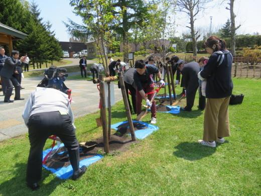 市民の森ブログ 植樹祭の様子_e0145841_19531053.jpg