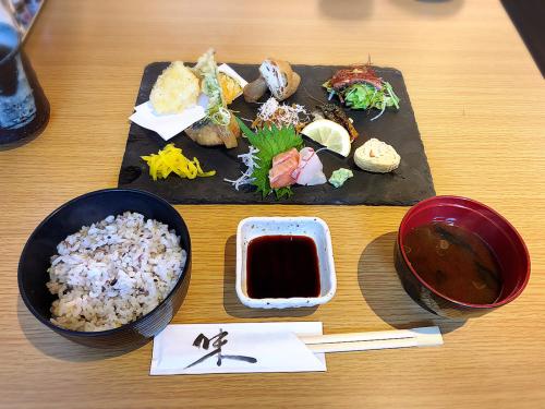 旬魚菜 plus 伊賀牛 悠_e0292546_05293454.jpg
