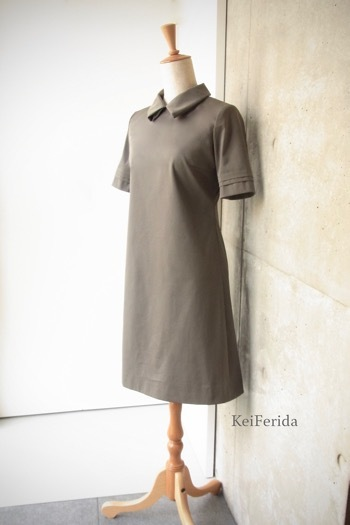 Loop collar Khaki dress _b0204879_09190295.jpg