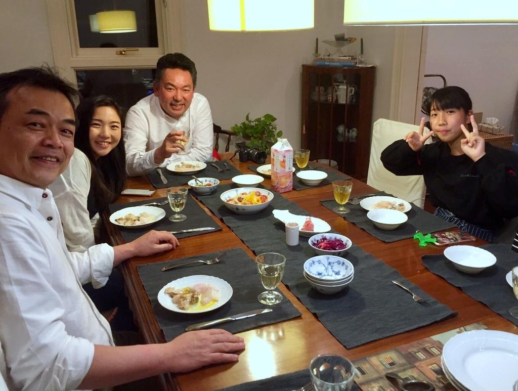 稲村のK元邸で 5/4_c0180686_00425625.jpg