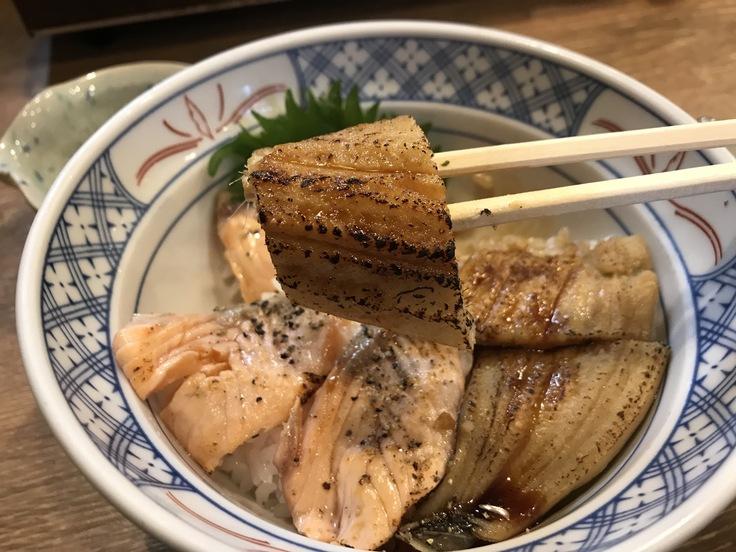サーモンと穴子の炙り丼@磯丸水産_c0212604_12201257.jpg