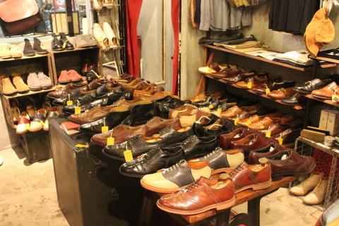 5月18日(土)は「アメリカ古着店頭出し」 & 19日(日)は「靴磨きイベント」_f0191324_23454273.jpg