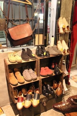 5月18日(土)は「アメリカ古着店頭出し」 & 19日(日)は「靴磨きイベント」_f0191324_23455723.jpg