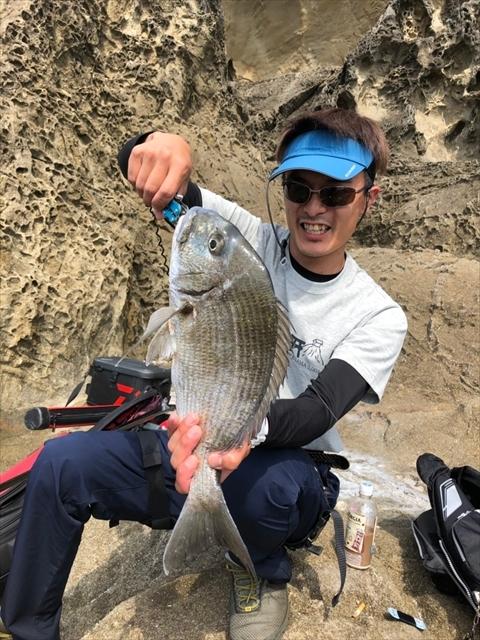 2019年5月海釣り @熊野吉野・令和記念の鬼ヶ城_e0271890_10524038.jpg