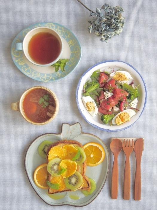 オレンジトーストの朝ごはん_b0277136_08544510.jpeg