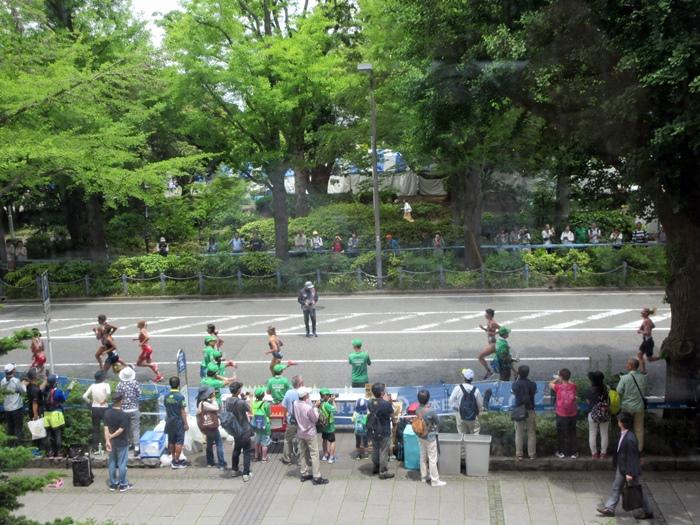 【モントレ横浜にランチに行ったら目の前でトライアスロンをやっていた】_b0009849_21353690.jpg