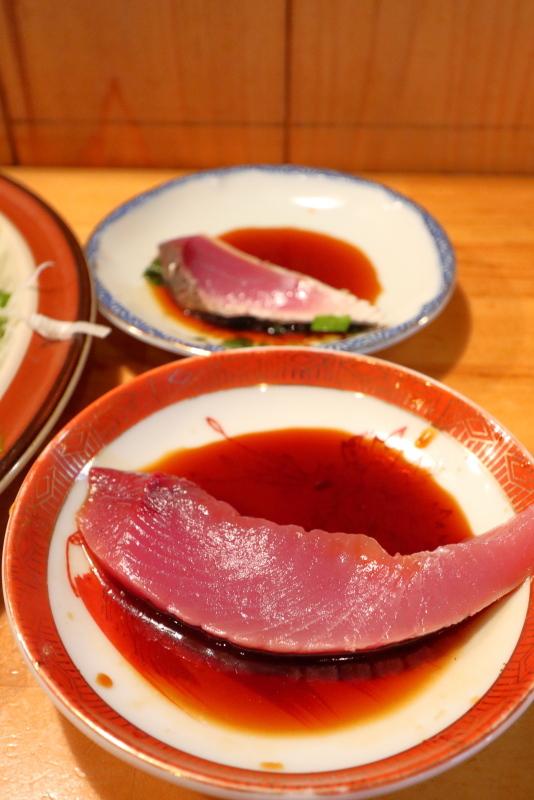 久礼大正町市場の田中鮮魚店 漁師小屋で、初ガツオを食べる_a0077663_16525422.jpg