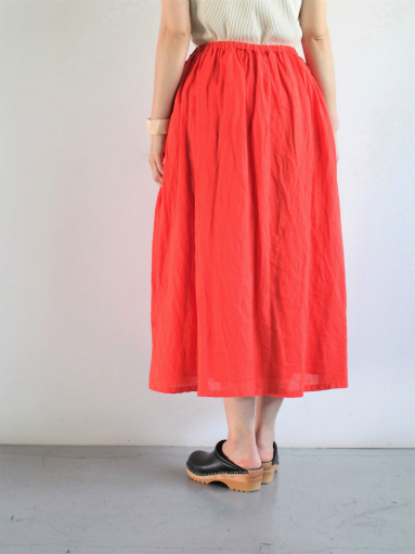 Ordinary fits TRAVEL SKIRT linen / RED_b0139281_12412594.jpg